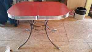Retro ice cherry red formica table