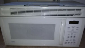 Over the range Kenmore microwave for sale!