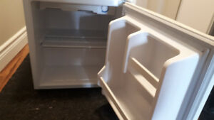 Clean, Lightly Used Mini Fridge With Ice Compartment