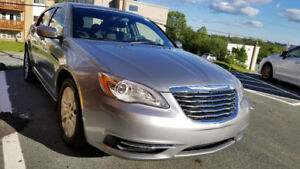 One of the Cleanest 2013 Chrysler 200. Like NEW