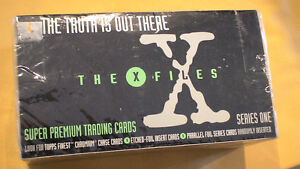 X Files  Cards 1995 24 packets, unopened