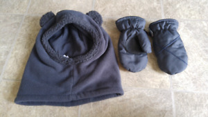 2-3 year old Hat and Mitts
