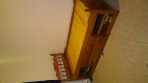 Wooden single bed frame Gatineau Ottawa / Gatineau Area image 1