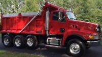 Dump Truck operator - exploitant d'un camion Dompeur