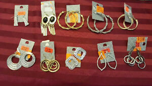 200+ pieces of costume jewellery, brand new!
