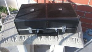 Vintage Portable radio, record player, amp & speakers in case London Ontario image 3