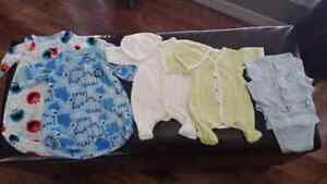 Baby clothes 5 - 7 pounds