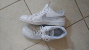 Nike Shoes size 8.5/9