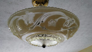 1930s centre post glass ceiling light fixture