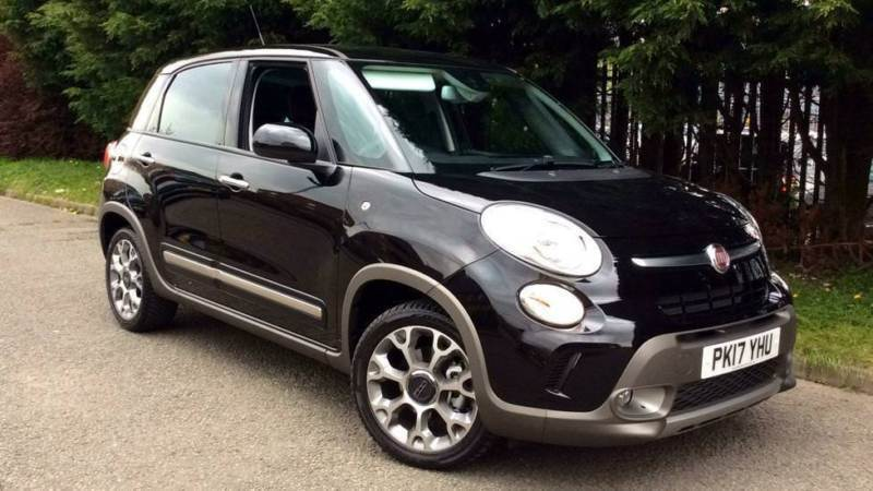 2017 fiat 500l 1 3 multijet 95 trekking 5dr manual diesel hatchback in blackburn lancashire. Black Bedroom Furniture Sets. Home Design Ideas