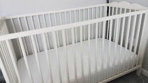 Ikea crib to toddler bed with mattress
