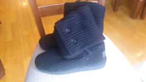 Knit Boots Black or Grey