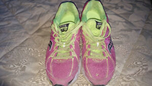 Saucony Ignition Women's Sneakers - Size 8.5 (Used)