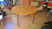 MADE IN DENMARK ROUND TEAK DINING TABLE-MINT!!