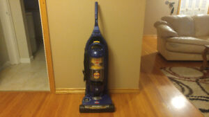 Vacuum For Sale (Bissell Lift Off Multi Cyclonic Pet)