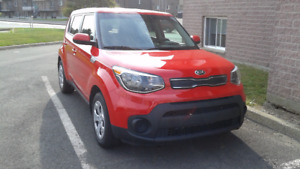 KIA SOUL LX 2017 Rouge transfer de bail. (1000$ cash incitatif)