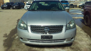 2005 Nissan Altima... Automatic... $3500