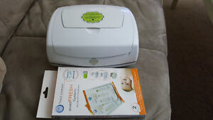Lionheart wipe warmer with 1 replacement pillow