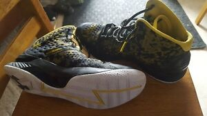 "Under Armour  ""Curry 1"" Basketball shoe"