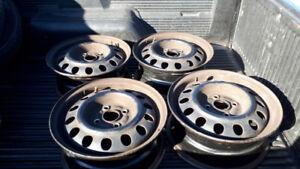 14 inch steel wheels bolt patt 4x100 off 2002 Toy corrolla
