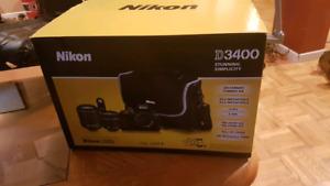 Ensemble Nikon D3400 avec 18-55mm et 55-200mm