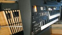Orgue Roland Combo AT-350C  peu d'usure en bonne condition.