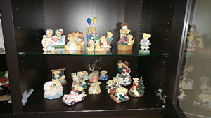 Avon Lovable Teddies collection