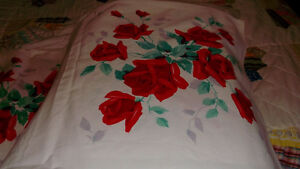 USED PRETTY CARD TABLE COVER