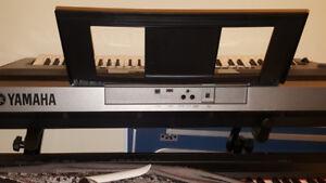 Yamaha PSR E443 Electric Piano Synthesizers
