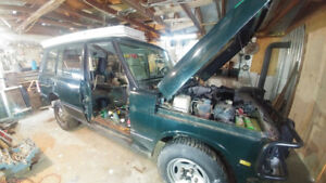 Parting out my Classic LWB Hard dash V8 4.2L