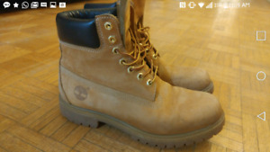 Timberland mens boots (size 9)