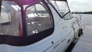 Well maintained Fresh water 1998 Cruisers Inc 3375 Esprit