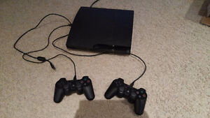 PS3, 2 Controllers, 1 Game