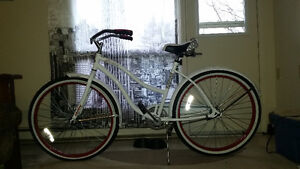 White and red Cranbrook vintage style cruising bike