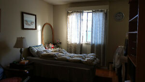 Looking for roommate in New Westminster Apt. $500/mo