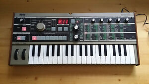 Korg Microkorg analog modelling synth and vocorder
