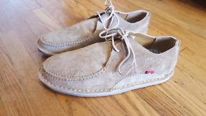 Fair Trade New Leather Oliberte Mens Shoes