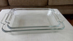 2 ANCHOR HOCKING CLEAR GLASS CASSEROLE DISHES