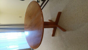 Beautiful round table with folding sides