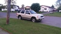 2002 Nissan Pathfinder Chilkoot Edition SUV, Crossover