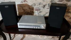 Yamaha Vintage Stereo Receiver R-30, 30 Watts/channel RMS
