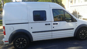 Ford Transit Connect 2010 finit camper