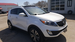 2013 Kia Sportage EX Luxury Safetied Only 69000kms