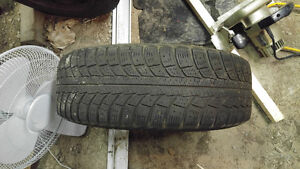 Almost new Winter tires set of 4 195/65/15 $200.00 Peterborough Peterborough Area image 1