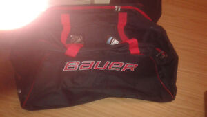* NEW*BAUER - Red & Black Medium Size Hockey Bag.