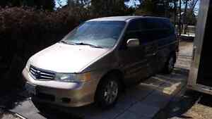 Honda odyssey for parts runs trans is stiff from.sitting NO RUST