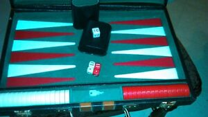 Backgammon set in leather,locking briefcase carrier - large size Kitchener / Waterloo Kitchener Area image 1