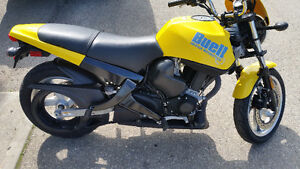 ITS A BLAST , BY BUELL !  Low kms and saftied !