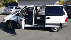 1998 Plymouth Grand Voyager Minivan, Van