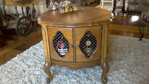 Antique buffet cabinet à boisson ,table d`appoint